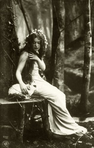 vintage_woman_in_the_forest_003_by_mementomori_stock-d6f769q