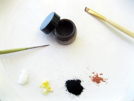 diy eyeliner brow ingredients